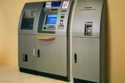 Центробанк пропишет требования по защите банкоматов от подделок