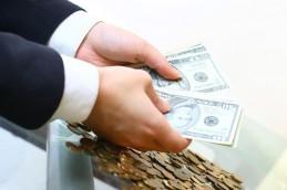 Депутаты предлагают возвращать все деньги вкладчикам закрытых банков