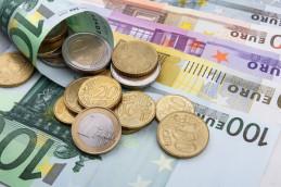 Евро опустился до месячного минимума