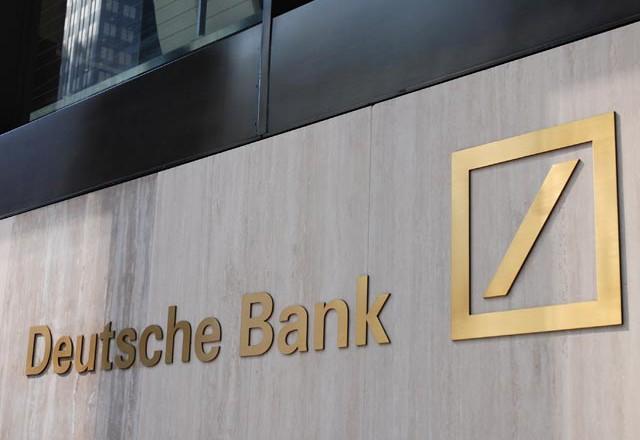 Deutsche Bank заподозрил московский филиал в отмывании денег