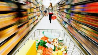 Инфляция в РФ пятую неделю держится на уровне 0,1%