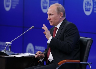 Путин: курс рубля учтет интересы производителей