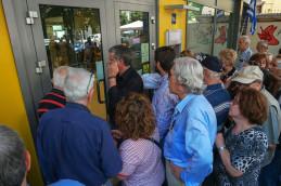 Греция продлила ограничения работы банков