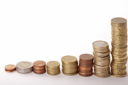 Евро перевалил за психологическую отметку в 80 рублей