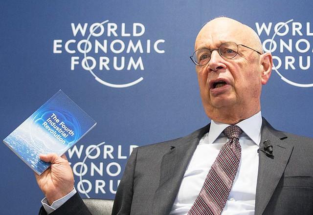 Эксперты Давоса предупредили РФ об угрозах бюджетного дефицита, гиперинфляции и безработицы