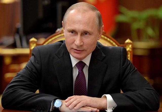 Путин провел ночное совещание по экономике