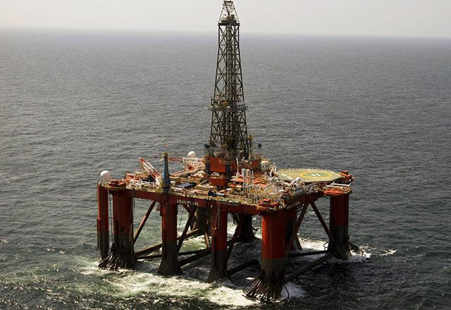 Ничего неожиданного: нефть дешевеет после провальных переговоров в Дохе