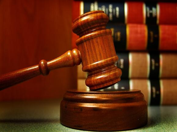 Как выбрать уголовного адвоката?
