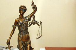 Чиновники запретят участвовать в госзакупках ранее судимым