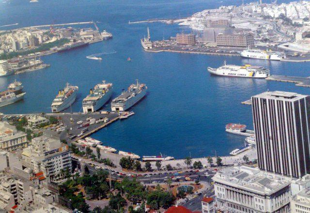 COSCO купила акции управляющей компании порта Пирей