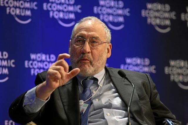 Стиглиц: политика ФРС приводит к росту неравенства
