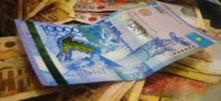 Дефицит бюджета Казахстана в 2017 г утвержден в 1,2%