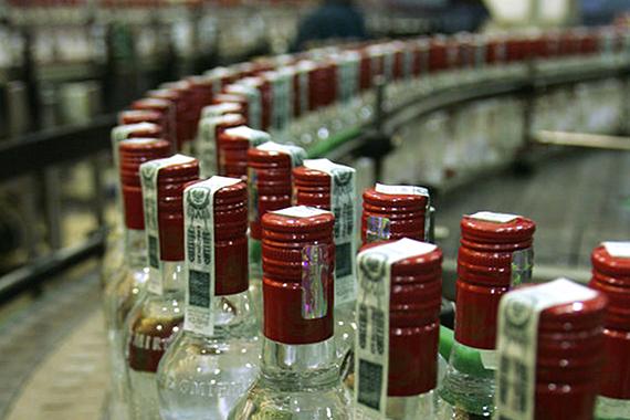ФАС будет следить за ценами на алкоголь перед Новым годом
