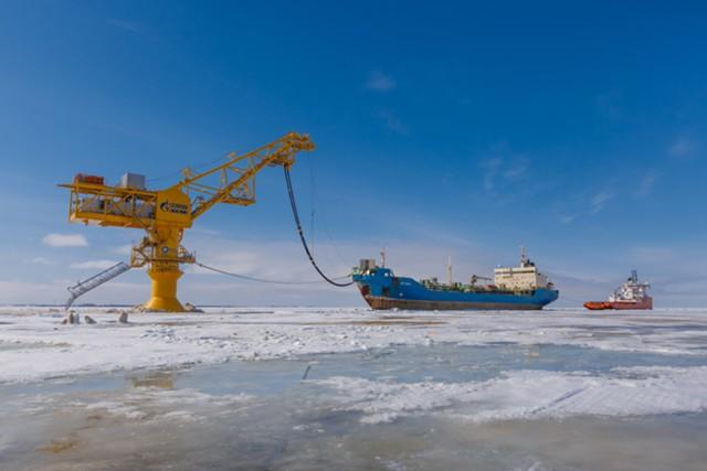 «Газпром нефть» увеличит инвестиции на 12% в 2017 г.