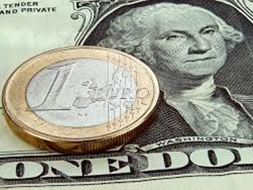Доллар и евро резко взлетели на заявлениях Игоря Шувалова