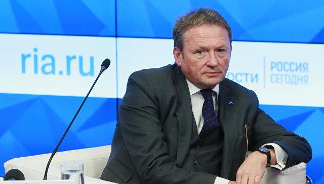 Титов предложил снизить страховые взносы для малого бизнеса до 14%