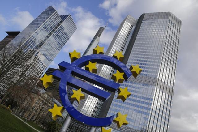 Ралли евро продолжается благодаря снижению рисков