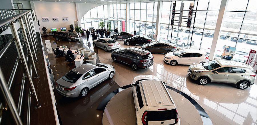 Еще 350 000 автомобилей: Медведев продлил льготное автокредитование на 2017 год