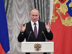 Путин предложил проиндексировать зарплаты бюджетников вне майских указов