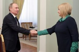 Шредер выступает за ослабление санкций против России