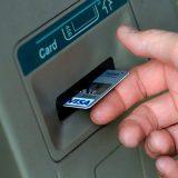 Сбербанк опроверг информацию о переводе дебетовых карт в овердрафтные