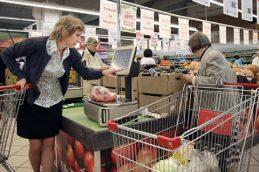 Средний чек жителя России вырос в августе до 518 рублей
