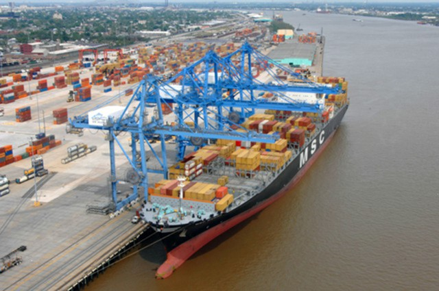 Торговый дефицит США вырос в сентябре до $64,1 млрд