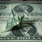 ЦБ повысил прогноз по оттоку капитала в 2018 году до 19 млрд долларов