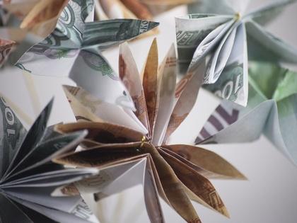 Банки.ру и НРА 9 апреля проведут круглый стол на тему «Из вкладчиков в инвесторы?»