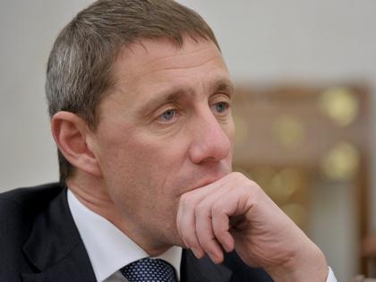 Керимов может оказаться промежуточным покупателем банка «Возрождение»