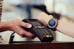 Сервис Apple Pay стал доступен для клиентов МКБ с картами международных платежных систем
