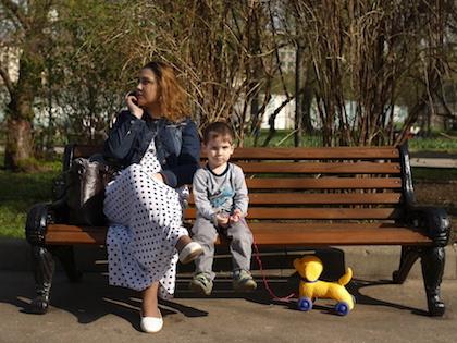 Выплаты на детей до трех лет вырастут до конца года