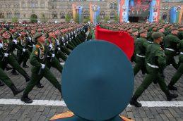 Правительство заявило о планах изменить стаж для выхода военных на пенсию