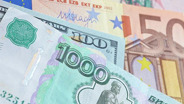 ЦБ: полугодовой отток капитала из России составил 17,3 млрд долларов
