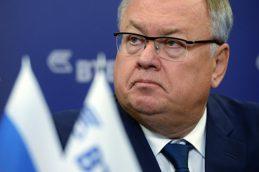 Президент РФ призвал Костина ускорить снижение ставок по кредитам малому бизнесу 