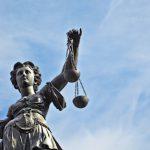 Исследование: суды отклоняют 70% исков потребителей против банков