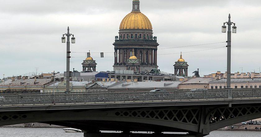 Квартира в Санкт-Петербурге оказалась хранилищем денег теневых банкиров