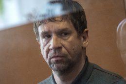 Суд по просьбе следствия отпустил банкира из СИЗО под домашний арест