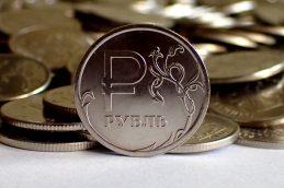 Банки замещают зарубежные деньги российскими