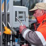 Независимые АЗС обвиняют крупные нефтекомпании в дефиците топлива