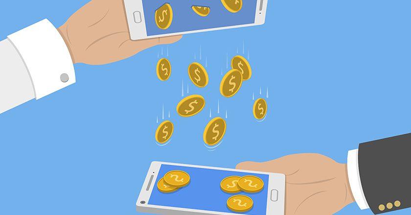 Россияне удвоили переводы денег друг другу