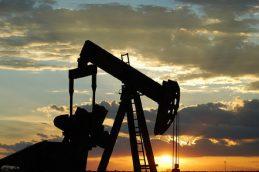 Рост цен на нефть установил рекорд с 2017 года