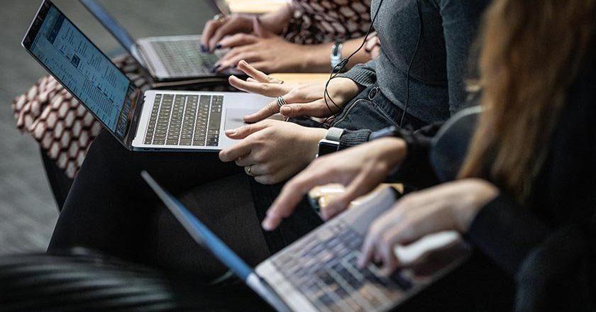 Сенаторы подготовили законопроект о цифровом профиле граждан