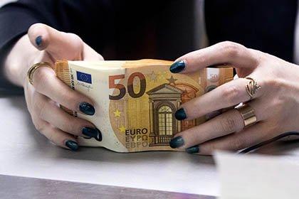 Банки могут ввести отрицательные ставки по валютным вкладам