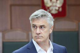 Суд оставил основателя фонда Baring Vostok под домашним арестом до 13 октября