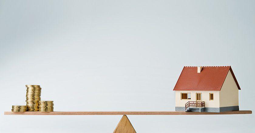 Брать или не брать? Ипотечники застряли между ставкой и ценами на жилье