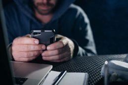 Банки и операторы связи столкнулись с валом подмены номеров