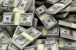 ЦБ считает высокий уровень валютизации рисками для банковского сектора России