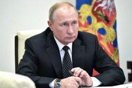 Путин рассказал, как российскую экономику удалось спасти от рецессии