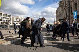 Росстат ожидает увеличения средней продолжительности жизни россиян до 79 летт